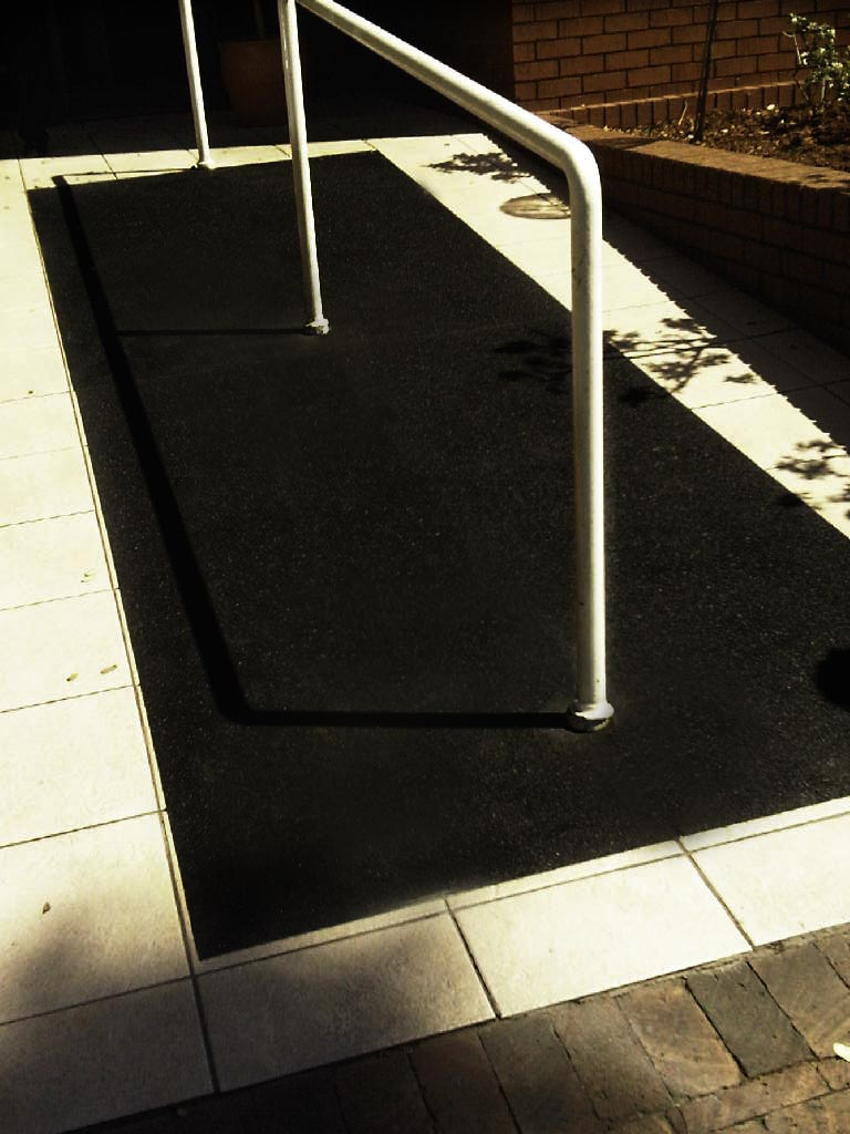 FibreGrip non-slip flat sheets on ramp at Netcare